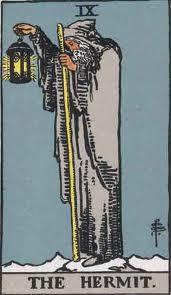 L'Eremita: nona carta degli Arcani Maggiori dei Tarocchi